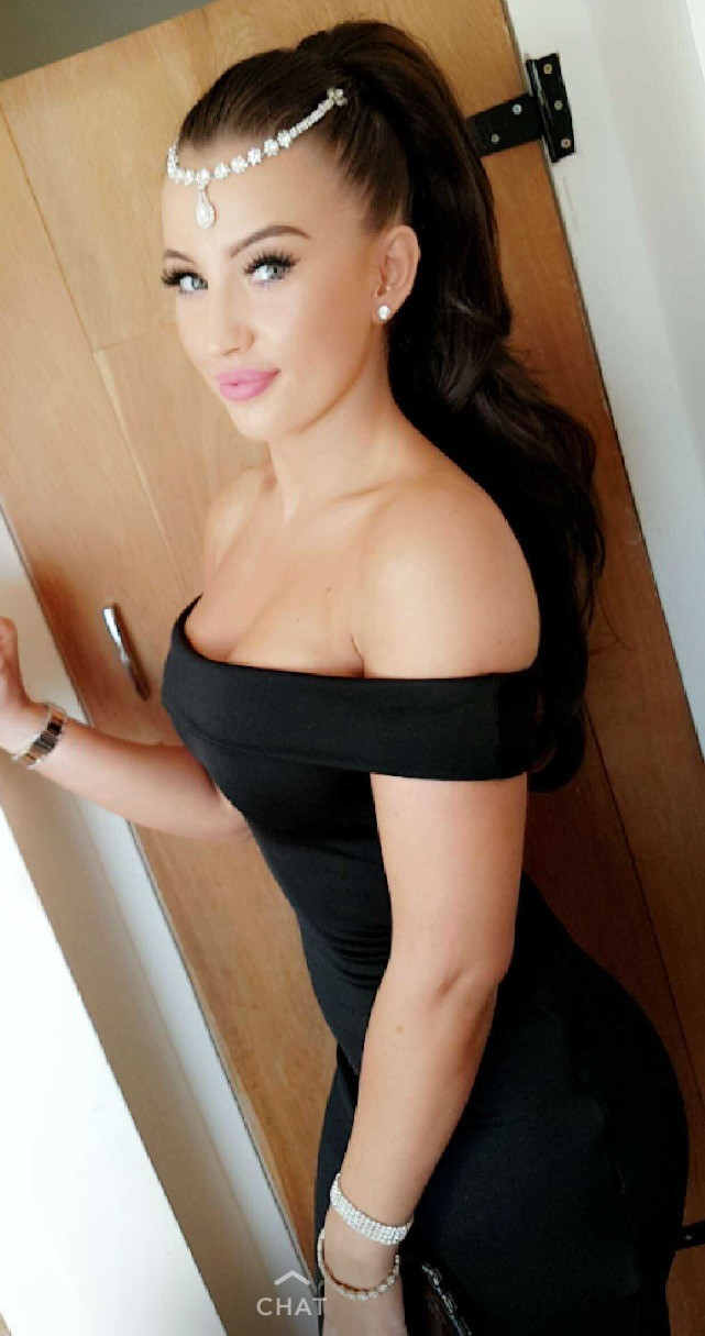 Nicole B Profile