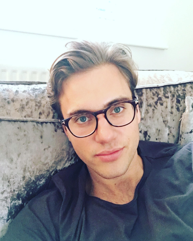 Harry W Profile