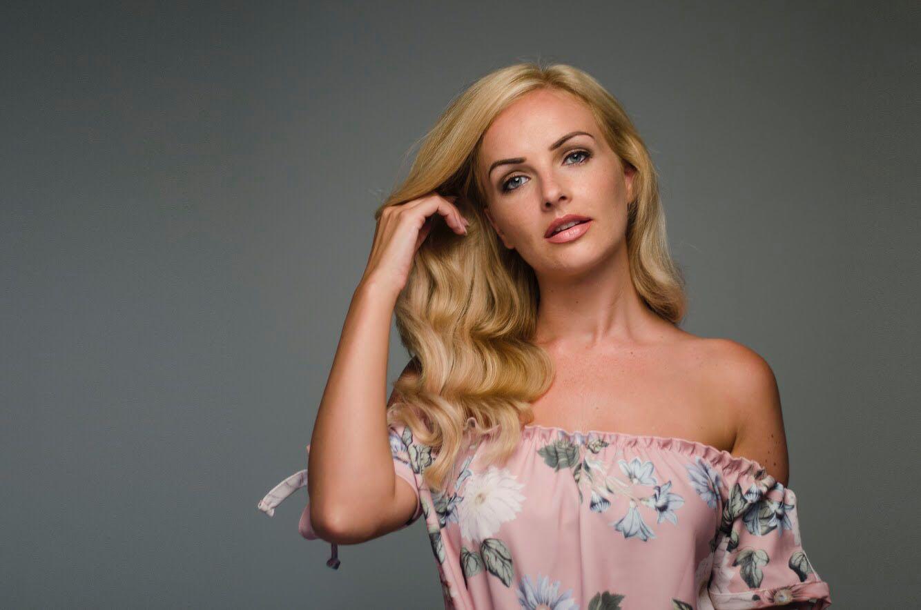 Charlotte W Profile