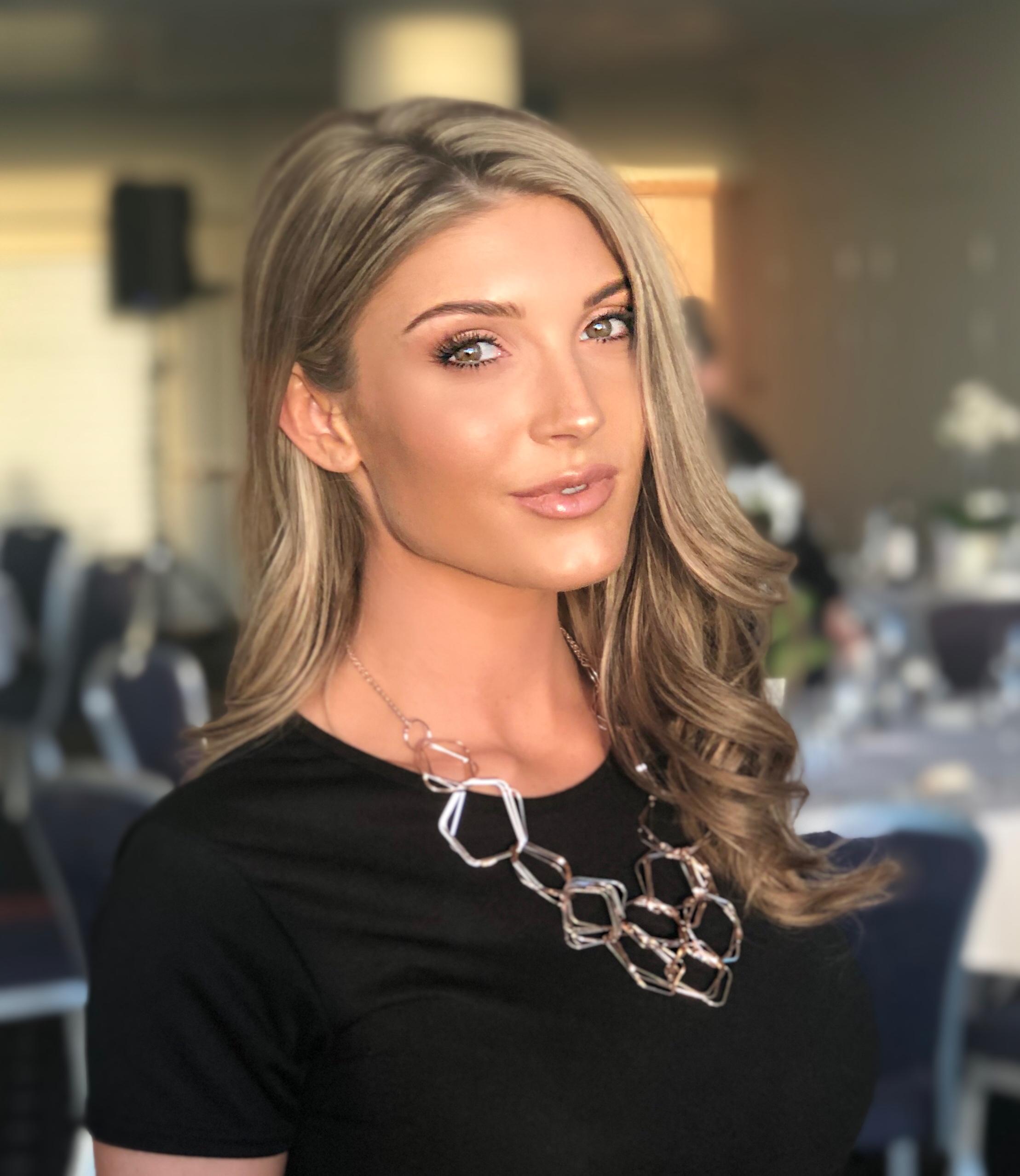 Nicole E Profile